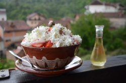 Macedonian traditional food in Macedonia_Shopska Salad