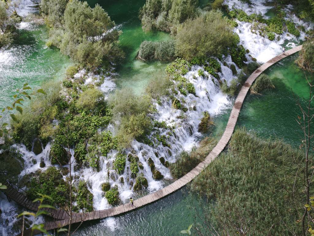 7 things to know for vegans travelling to Croatia - Plitvice Lakes