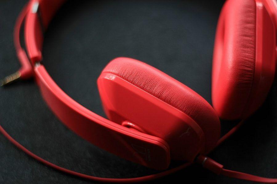 Headphones_Noise Cancelling Kid's Headphones Reviews_COVER