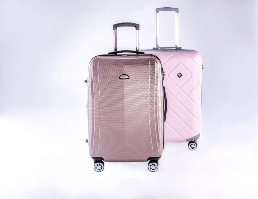 Luggage_Best Zipperless Lugage Reviews_COVER