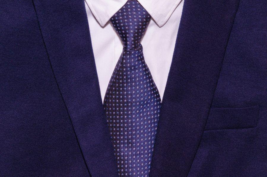 Mens Suit_Best Carry On Garment Bag Reviews