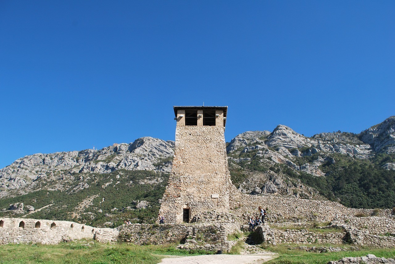 What To Wear In Albania_Fortress