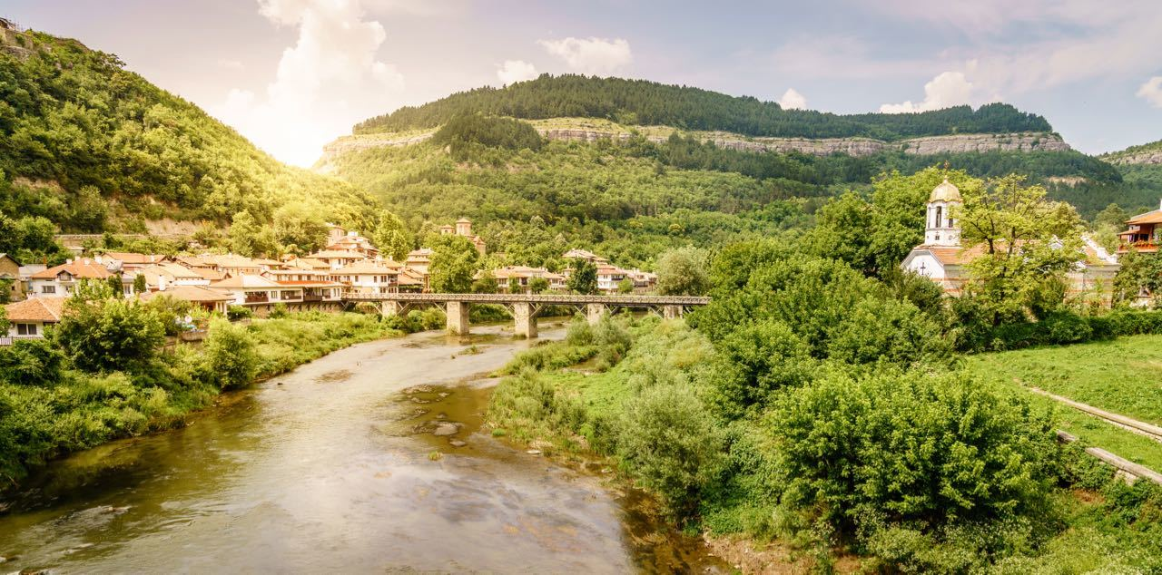 Things To Do In Bulgaria - Bulgaria Weekend Breaks - The Yantra River in the city of Veliko Tarnovo
