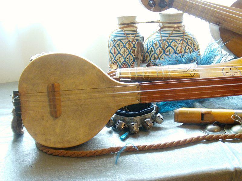 Macedonian Souvenirs_Tambura