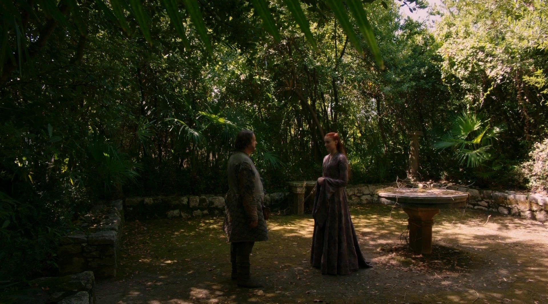 S4 E1 Ser Dontos gives Sansa a necklace in Trsteno Arboretum, Dubrovnik