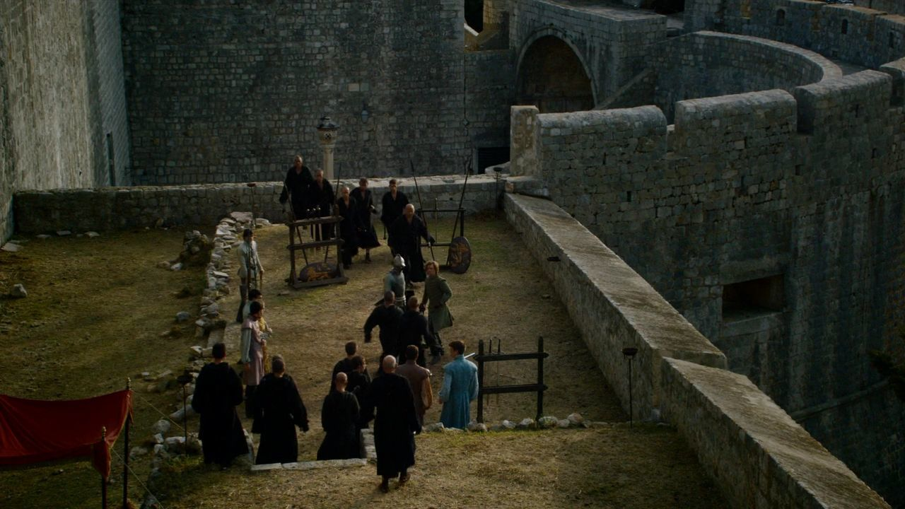 S5 E4 Lancel Lannister arrest Loras Tyrell - Game of Thrones Croatia Locations