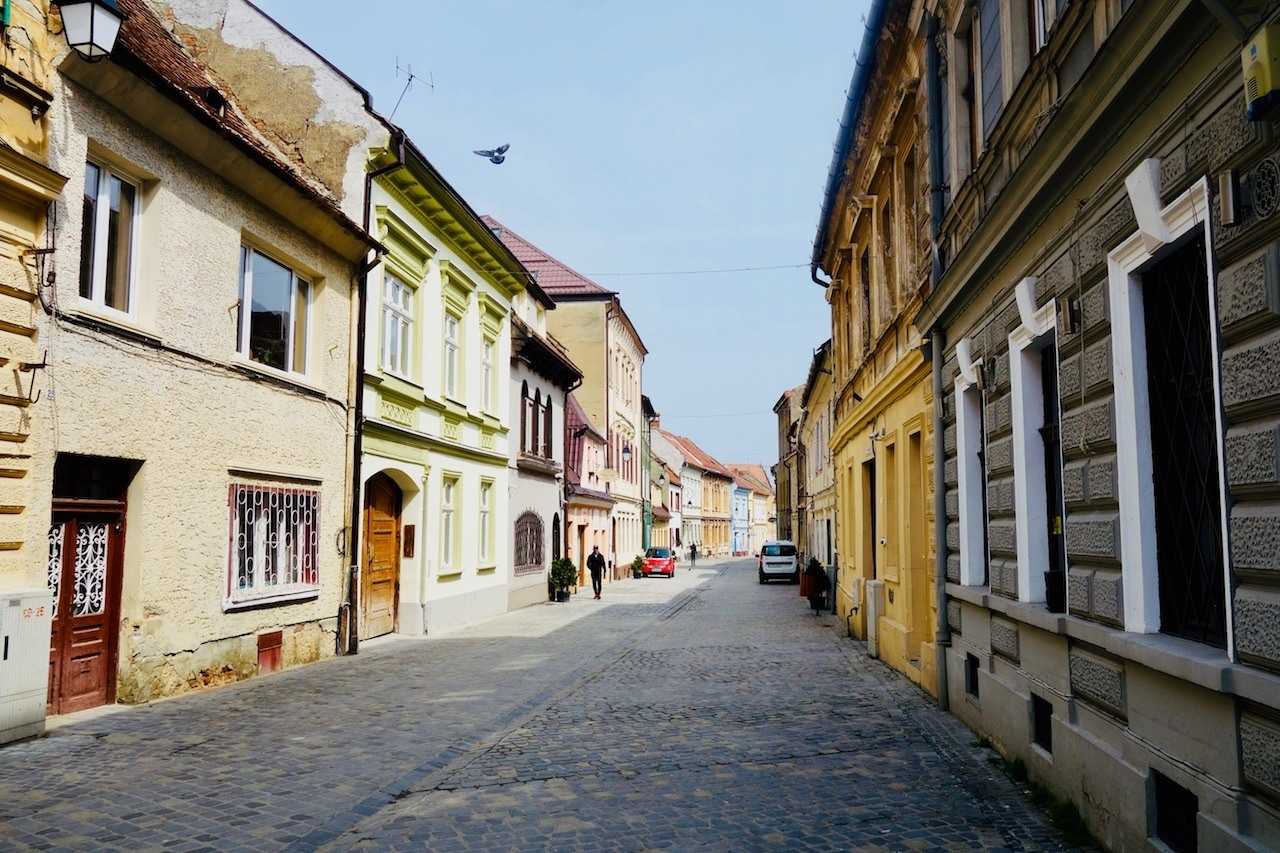 6 Day Bucharest and Brasov Itinerary - Streets