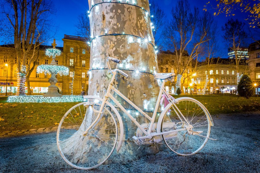 Advent In Zagreb Christmas_ Bike With Lights