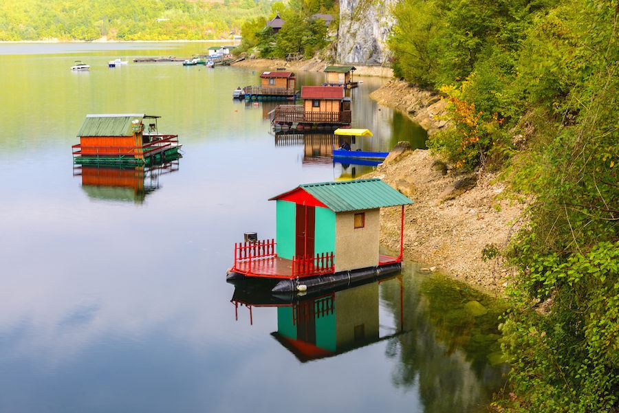Places to visit in Serbia - Houseboats of Perucac