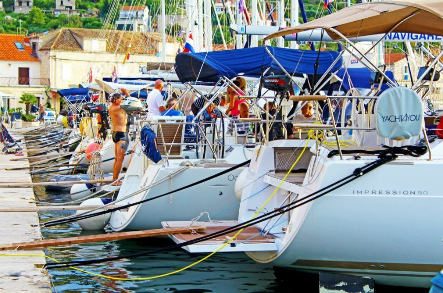 Best Things To Do In Vis Croatia - Saling Vis Island