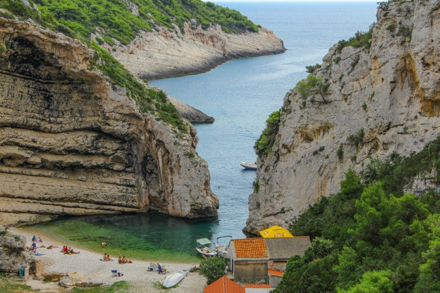 Best Things To Do In Vis Croatia - Stiniva