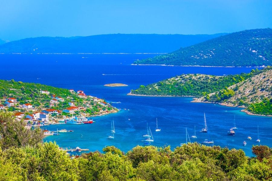 Where To Go In Croatia - Vinisce