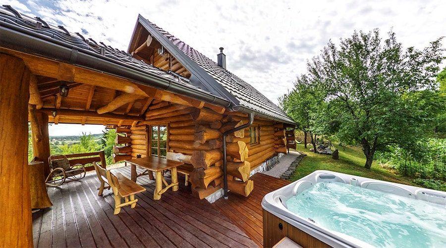 Croatia Travel Blog_Where To Stay Near Plitvice Lakes_Bear's Log