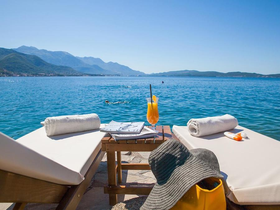 Balkans Travel Blog_17 Best Hotels in the Balkans_Boutique Hotel Casa del Mare - Blanche - Herceg Novi, Montenegro