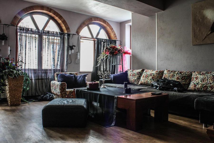 Bulgaria Travel Blog_Where to Stay in Veliko Tarnovo_Le Rendezvous Apartment