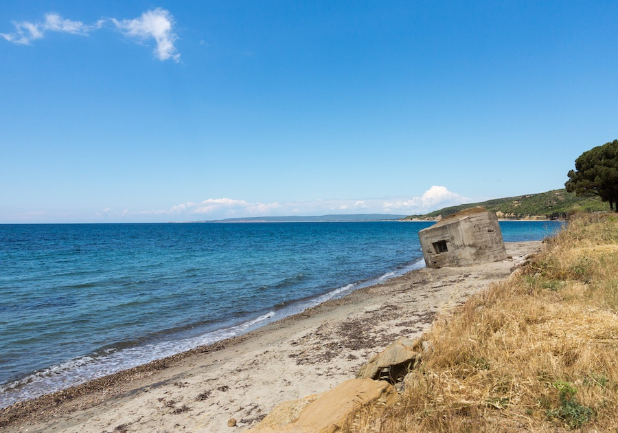 Things To Do In Gallipoli - Reasons To Go To Gallipoli - Bunker On Anzac Cove