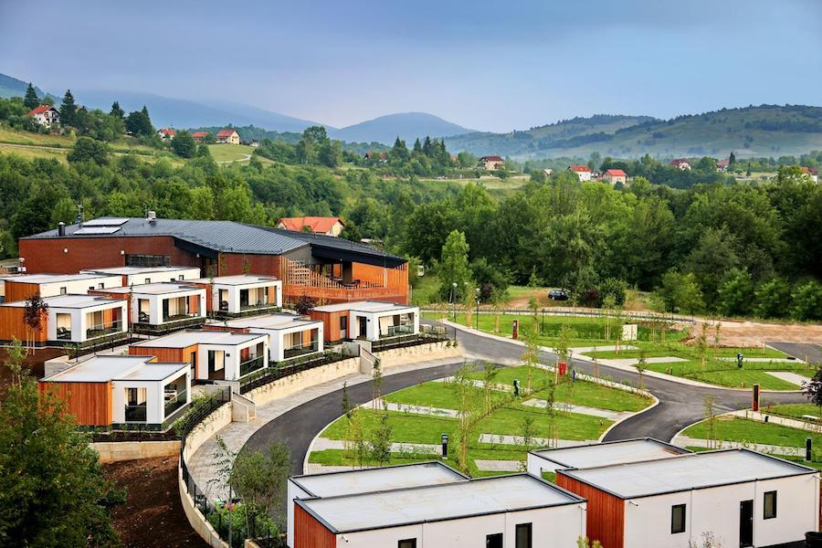 Croatia Travel Blog_Best Holiday Resorts in Croatia_Mobile Homes Camping Plitvice, Plitvička Jezera