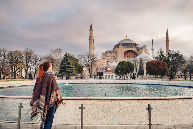What To Wear In Turkey - Mosque Etiquette