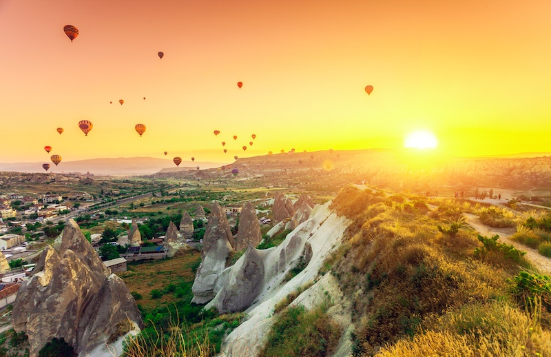 Cappadocia Hot Air Balloon Cost & Tips - Sunset Over Cappadocia