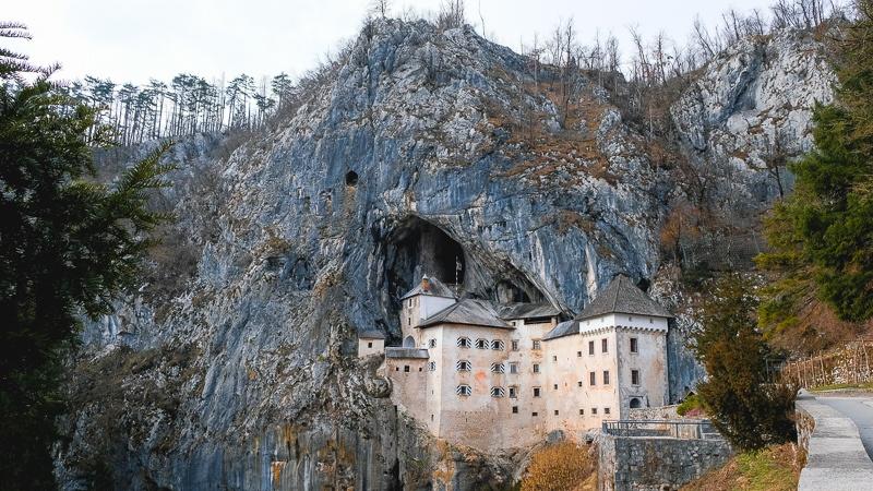 3 days in Slovenia - Predjama Castle