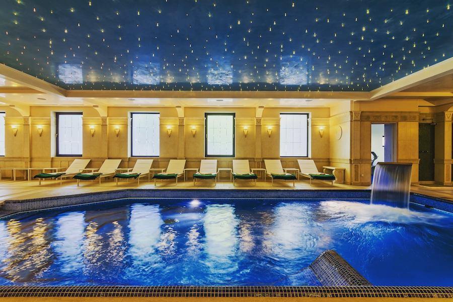 Romania Travel Blog_Luxury Hotels in Romania_Hotel Snagov Club