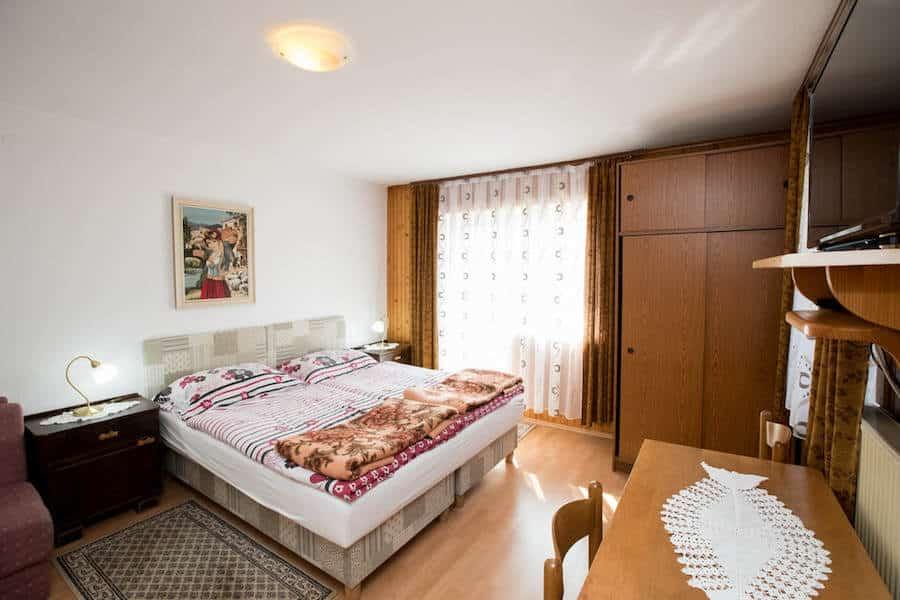 Slovenia Travel Blog_Where to Stay in Lake Bohinj_Rooms Pekovec Bohinj