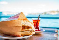 What To Eat In Turkey - Turkish Food - Balik Ekmek