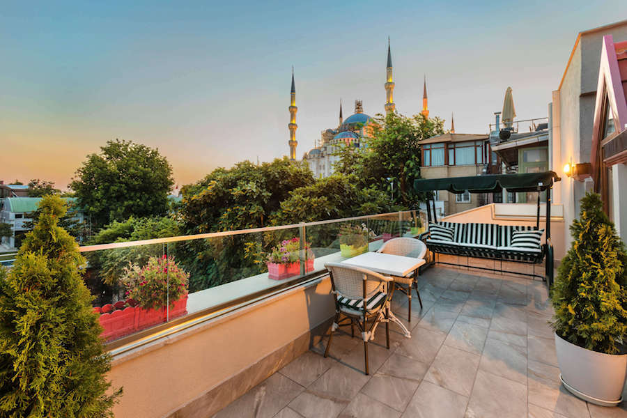 Where To Stay Near the Blue Mosque Istanbul: Obelisk Hotel Suites Istanbul