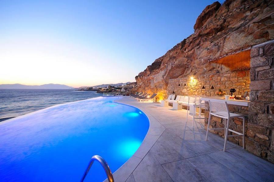 Greece Travel Blog_Where To Stay In Mykonos Greece_Mykonos Beach Hotel