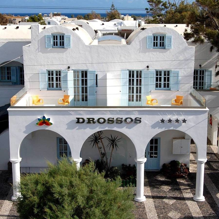 Greece Travel Blog_Where To Stay In Santorini_Drossos Hotel