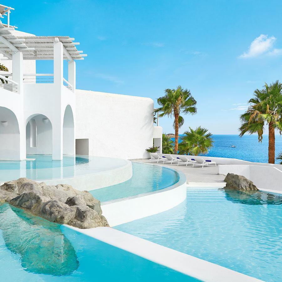 Greece Travel Blog_Where to Stay In Myknonos Greece_Mykonos Blu, Grecotel Exclusive Resort
