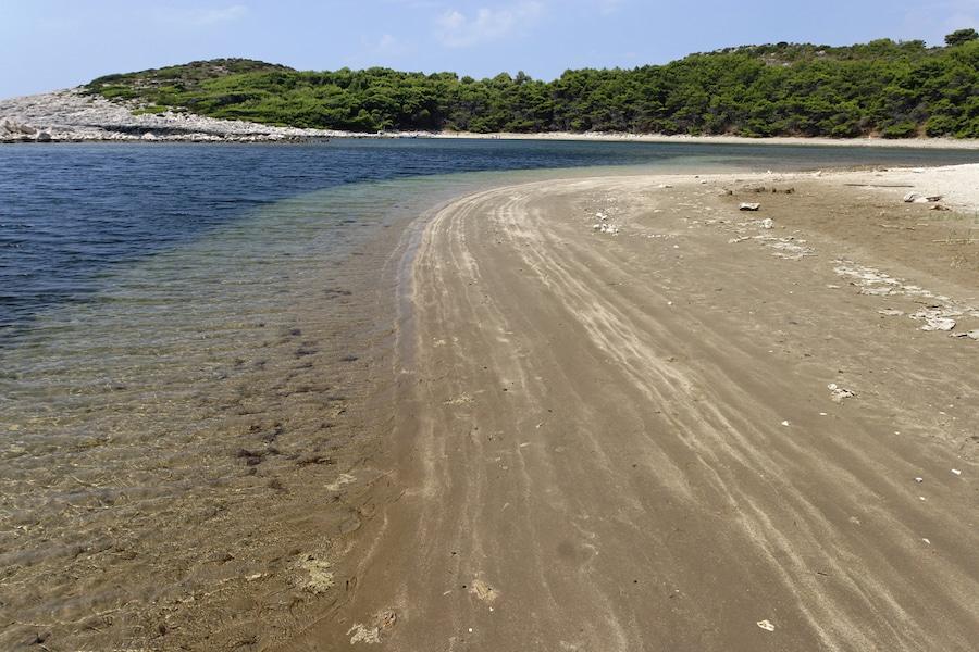 Best Sandy Beaches In Croatia - Saplunara