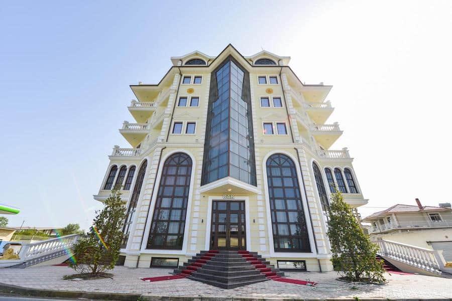 Albania Travel Blog_Where To Stay In Albania_Hotel Luani Arte