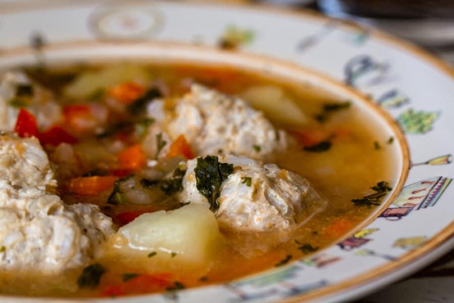 Ciorba de perisoare is a Romanian traditional sour soup_Depositphotos_283906594_S