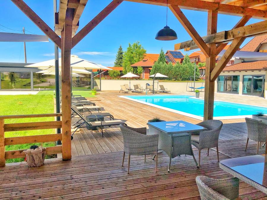 Croatia Travel Blog_Where To Stay Near Plitvice Lakes_16 Lakes Hotel