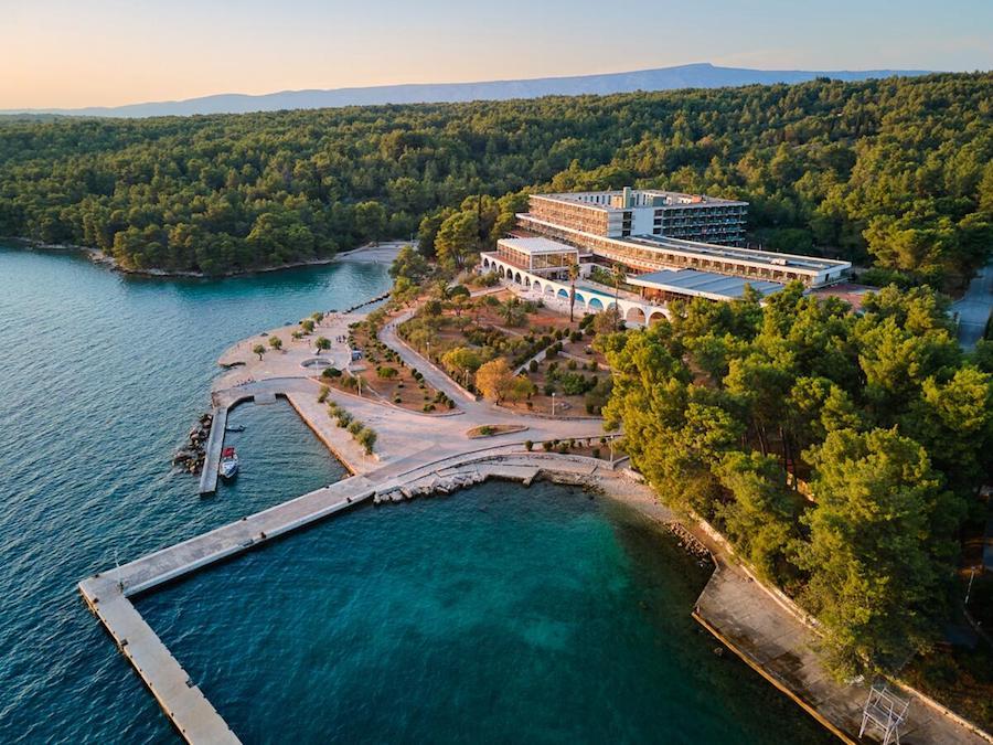 Croatia Travel Blog_Where To Stay In Hvar_Arkada Sunny Hotel
