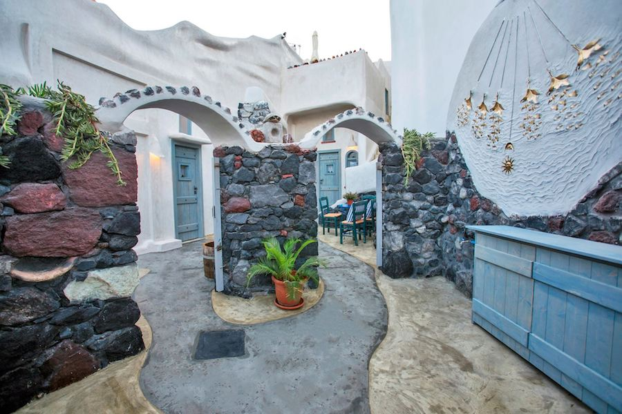 Greece Travel Blog_Best Cave Hotels In Greece_Aura Cave Hotel Fira