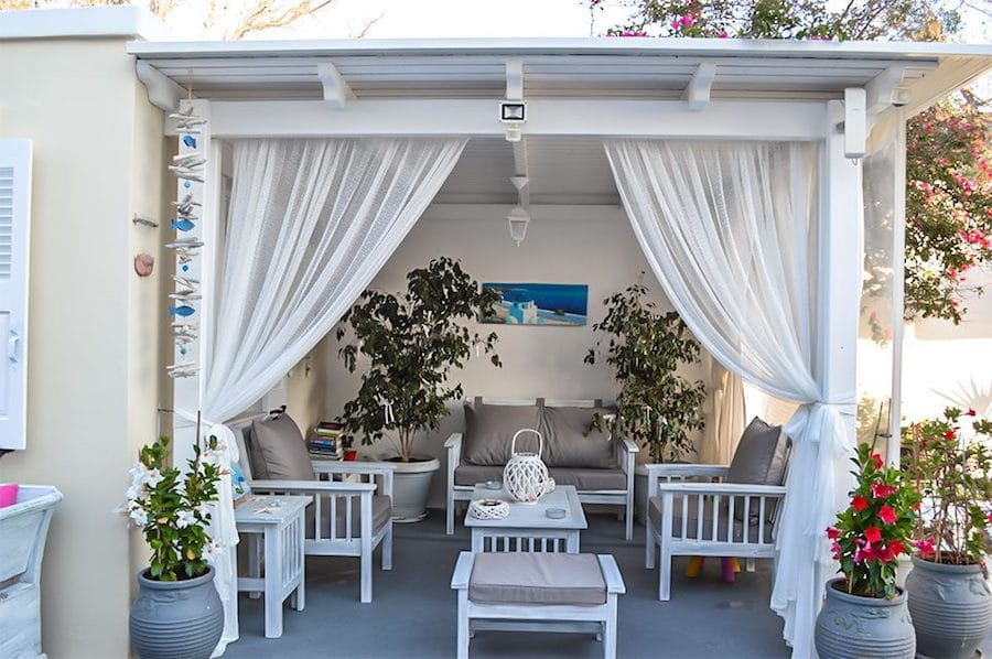 Greece Travel Blog_Things To Do In Santorini With Kids_Kiklamino Studios & Apartments