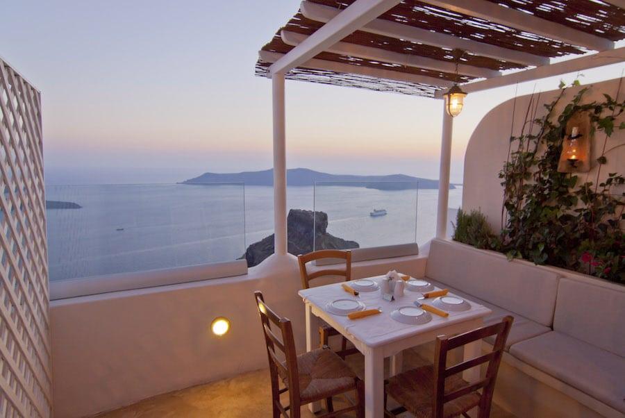 Greece Travel Blog_Things To Do In Santorini With Kids_Mezzo restaurant