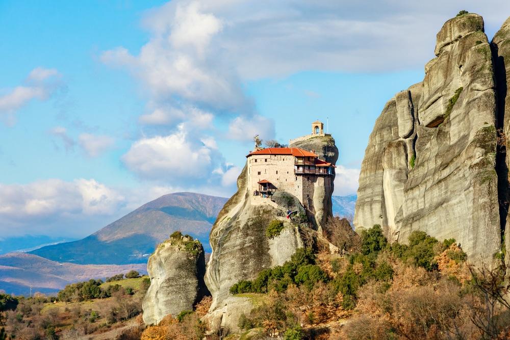 Meteora-Monasteries_Monastery-of-Agios-Nikolaos-Anapafsas_Greece