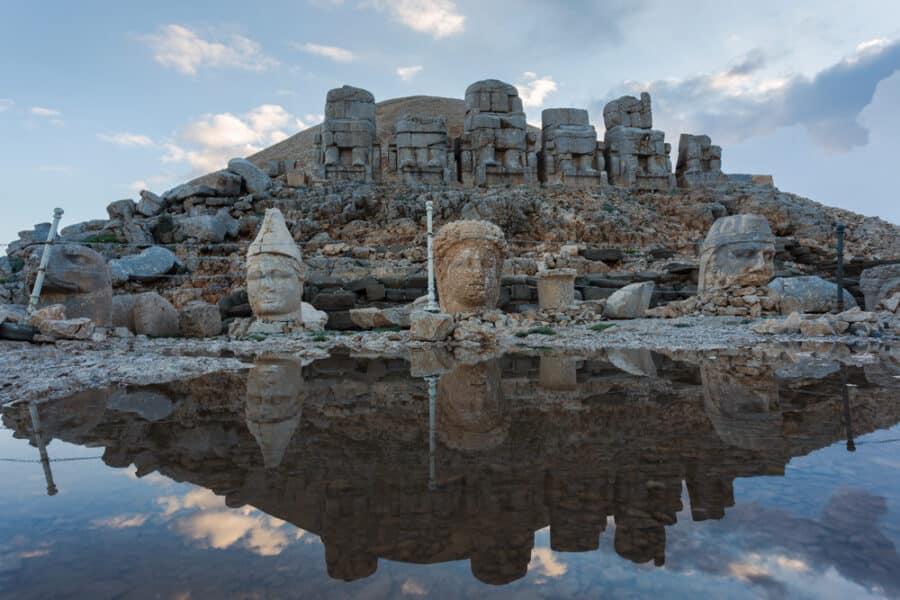 Hidden Gems In Turkey - Stone head statues at Nemrut Mountain in Turkey
