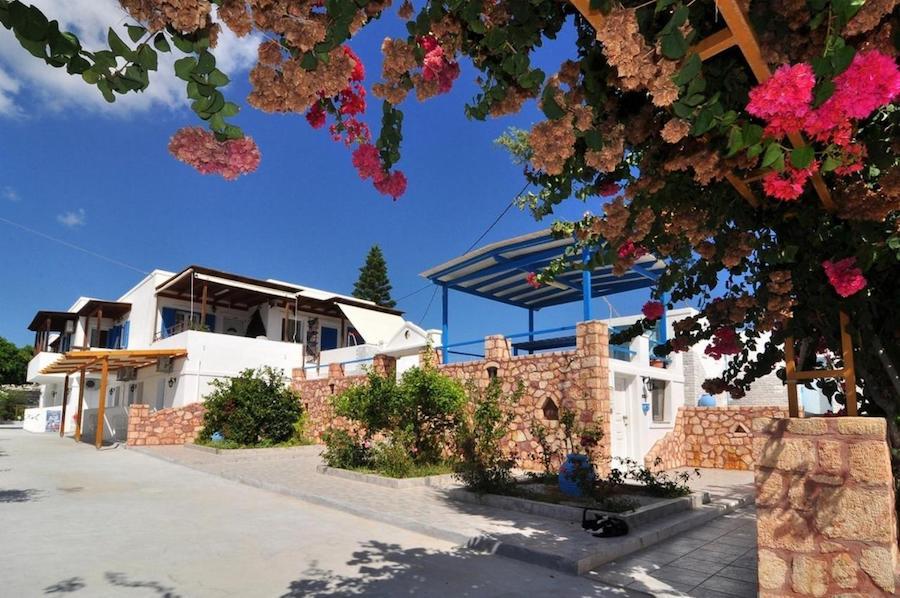Greece Travel Blog_Milos Island Guide_Aphrodite Diamond