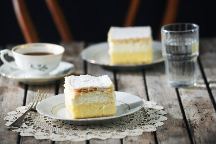 Slovenia Cookbook In English_Bled Cream Cake